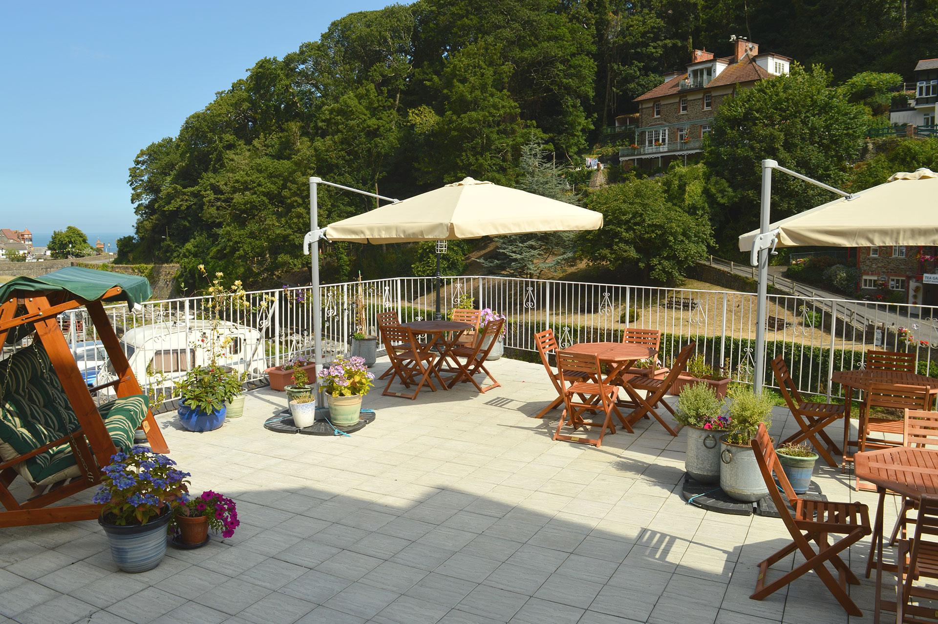 East Lyn House, Bed and Breakfast riverside terrace