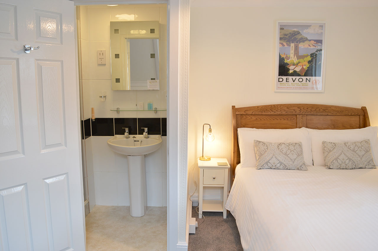 East Lyn House, Bedroom Six